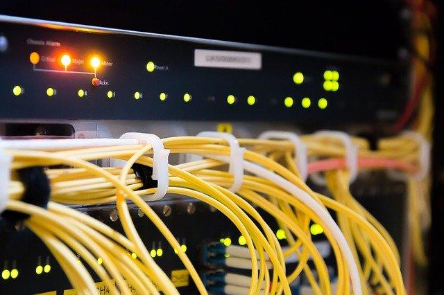 放送設備及び電気通信機器とその付属品の販売、レンタル、リース